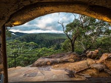 10 Caves Near Sydney You NEED To Visit