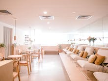 A Vegan, Organic Nail Salon Has Opened In Burleigh And It's Seriously Beautiful
