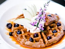 Where To Find The Most Drool-Worthy Brunch Spots On The Coast
