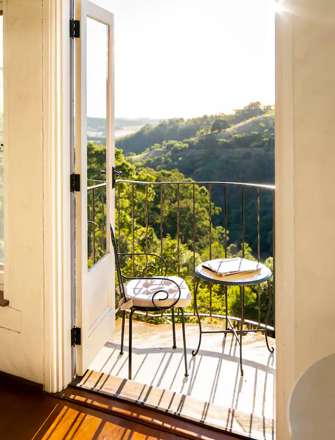 window of amelies cottage overlooking valley in blue mountains