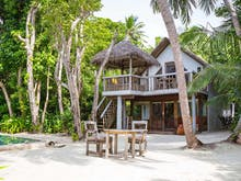Leave The Big City Life, This Maldives Island Wants You To Run Its Bookshop For 6 Months