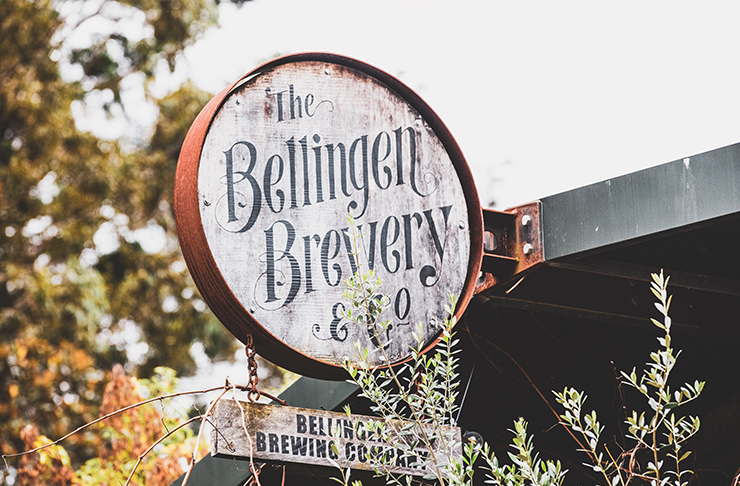 sign out front of bellingen brewery