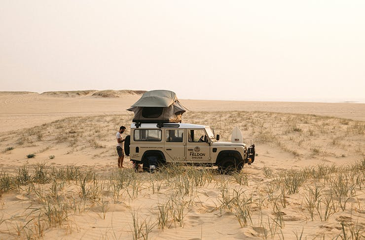 4wd on sand dune