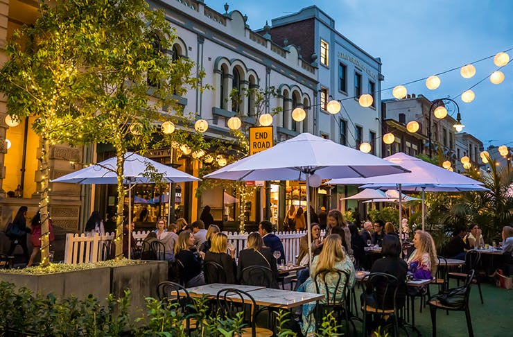 outdoor dining in laneway