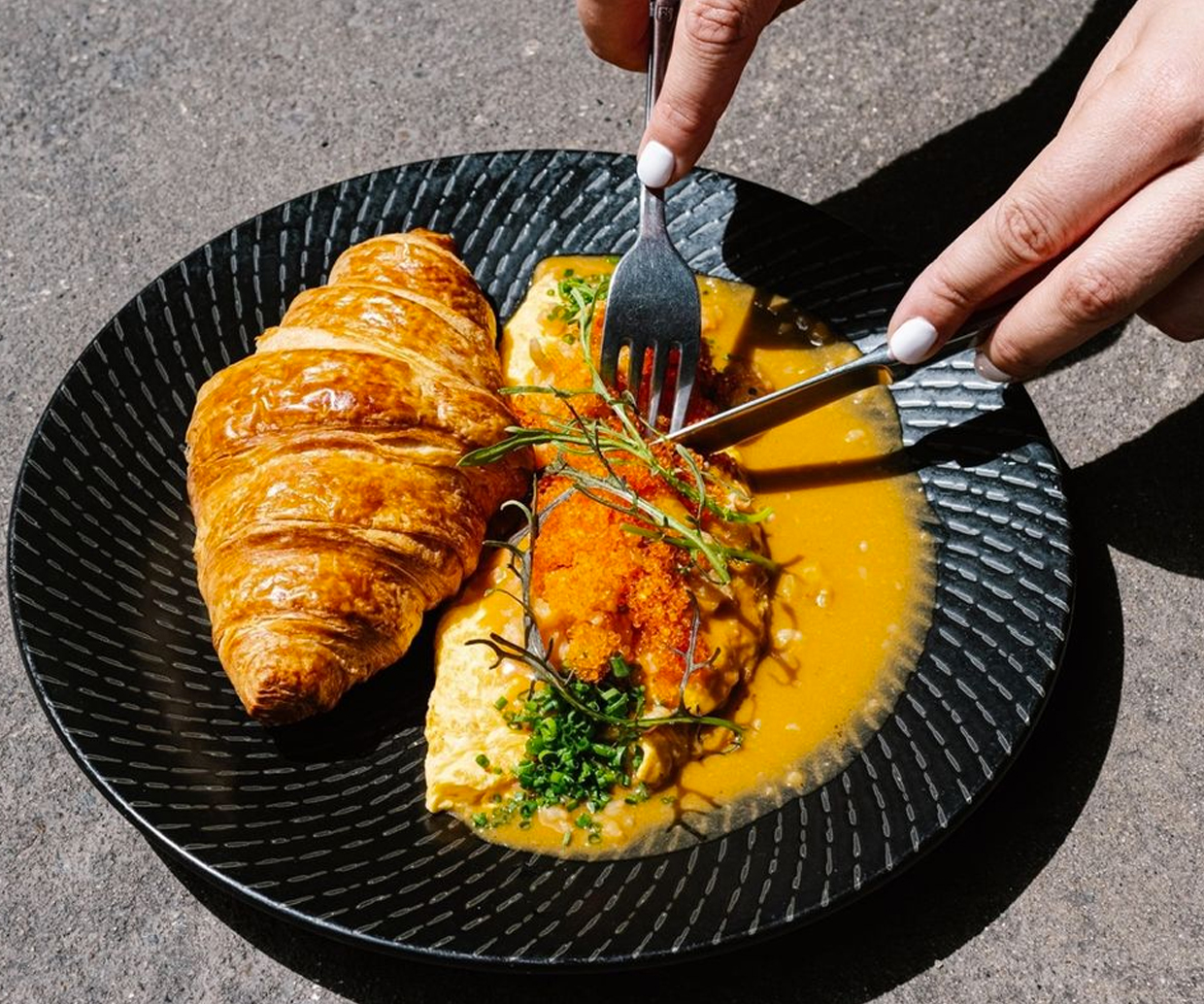 omurice and croissant