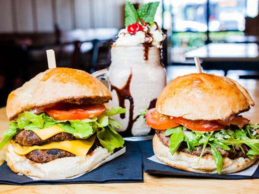 downtown-burgers-nambour