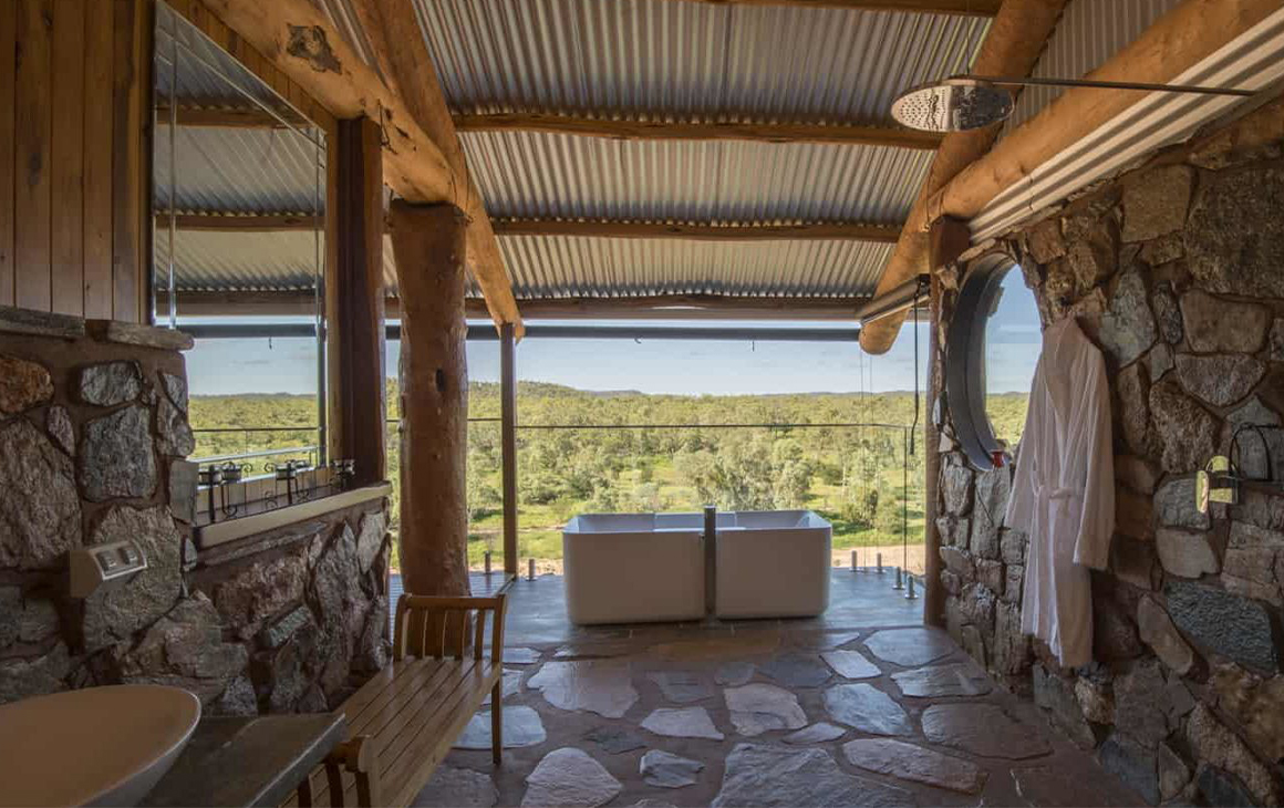 bath overlooking the outback