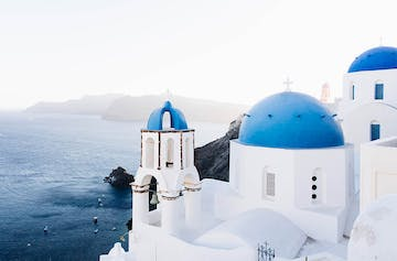 8 Reasons To Tackle Greece Solo