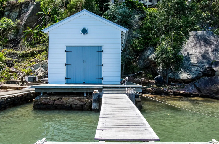 shed on water