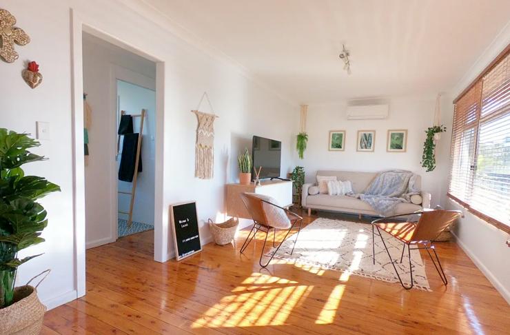 minimalist loungeroom