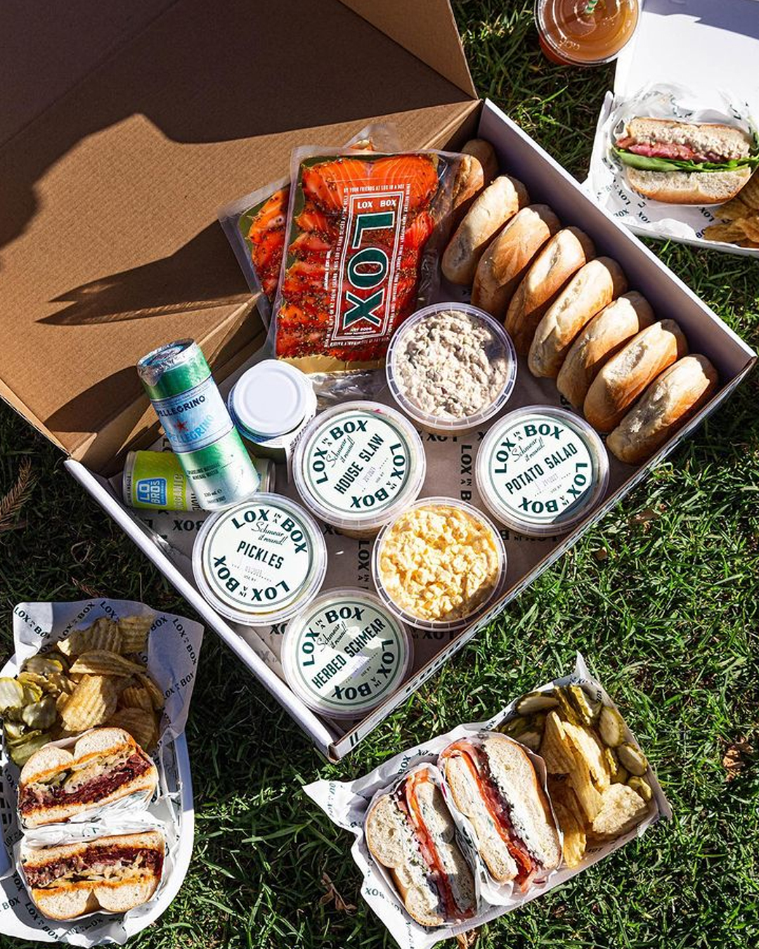 deli box full with bagels
