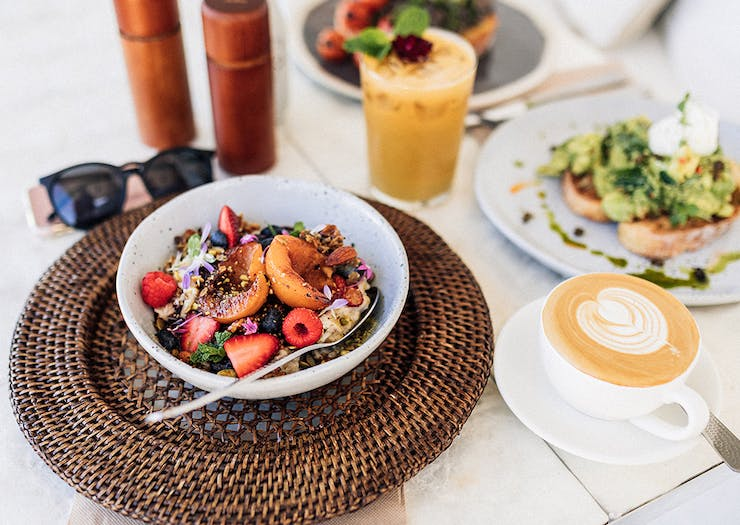 PSA: This Vegetarian Cafe Is So Adorable You Won't Want To Leave
