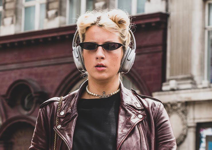 Plug Into These 5 Podcasts That Will Help You Land Your Dream Job