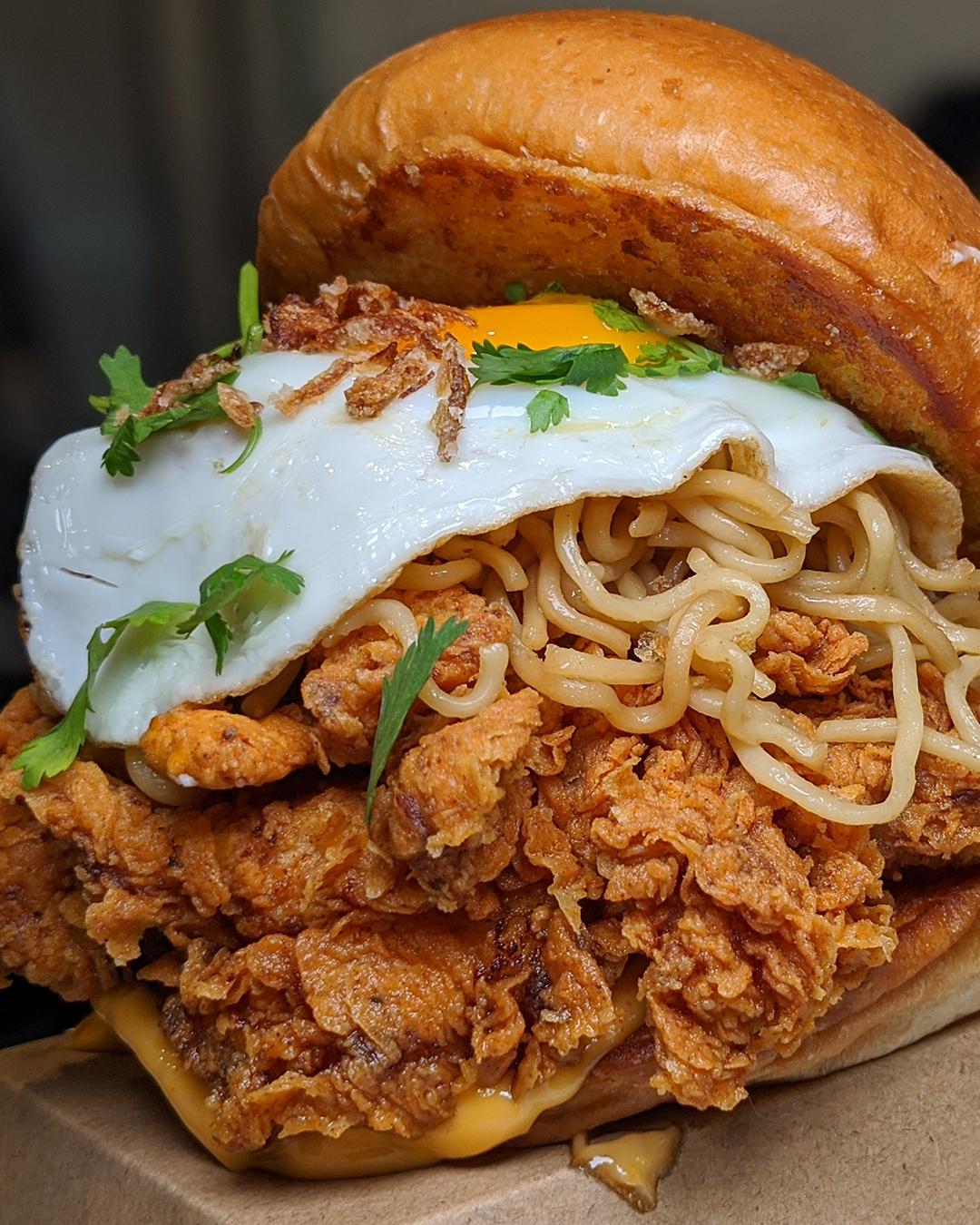 mi goreng burger with fried chicken