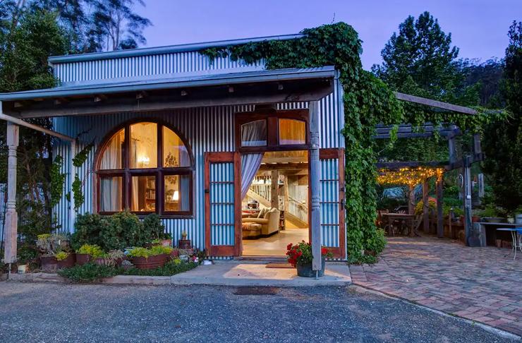 corrugated iron cottage